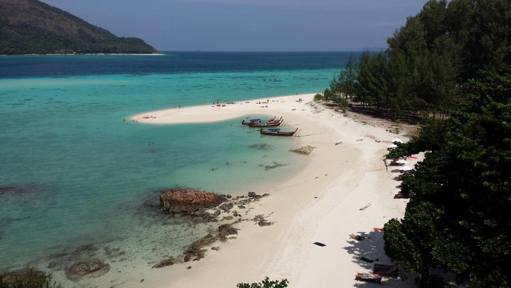 koh lipe beach mountain resort uitzicht strand 2014